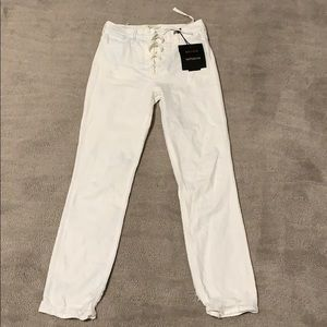 MOTHER The Lace Up Dazzler Ankle White Jeans Sz 26